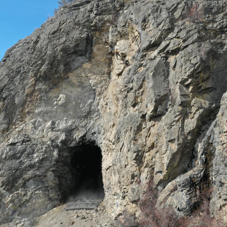 High Angle Rock Scaling: